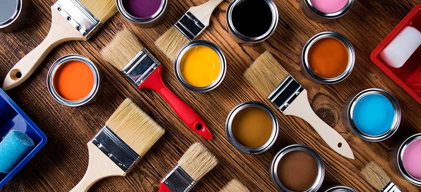 Choose the Right Type of Paint to Avoid Streaks